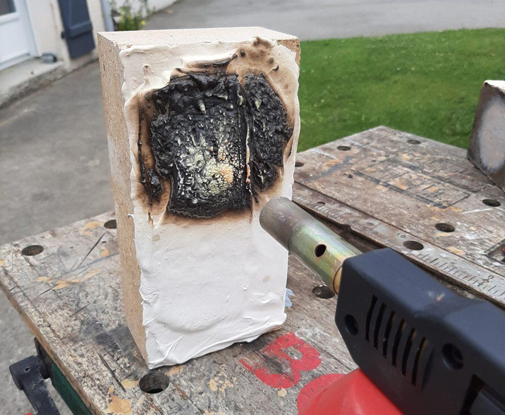 Enduit de chemisage de conduit de ventilation coupe feu